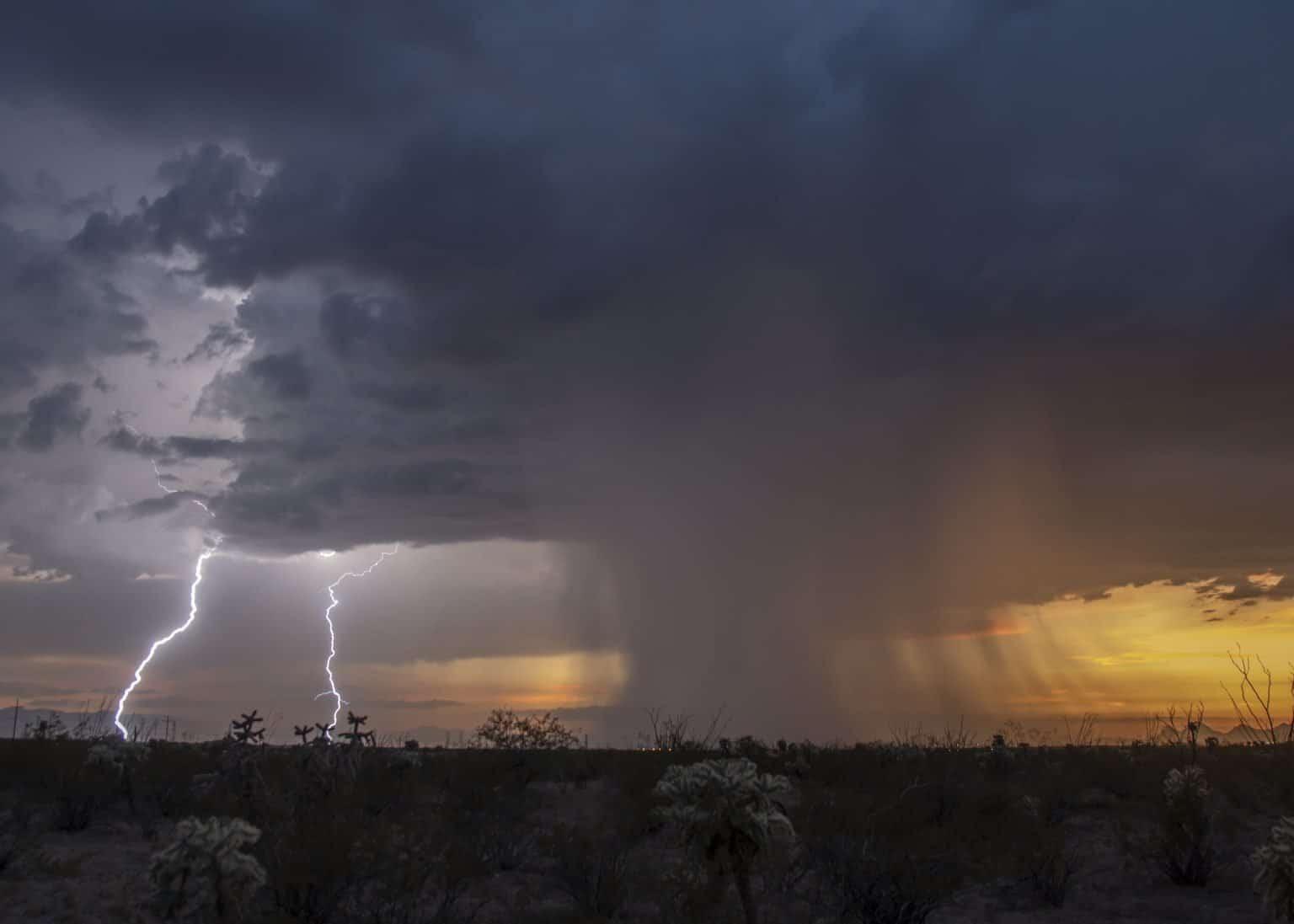 arizona monsoon thunderstorm with rain and lightning